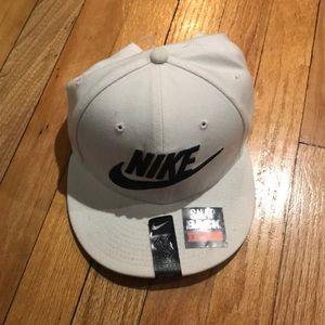 Nike SnapBack Hat